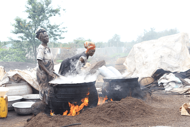 Rejoice Ntiriwaa Ossei-Bremang works with small scale industry users on transitioning to improved cookstoves